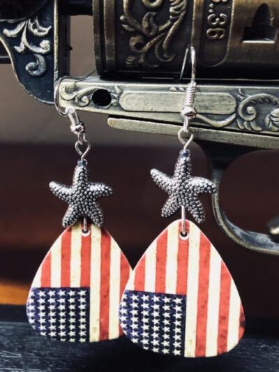 american-flag-pick-earrings-1