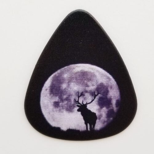 full_moon_moose-guitar-pick